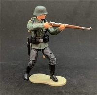 MTF WWII - Deluxe GERMAN RIFLEMAN with Gear - 1:18 Scale Marauder Task Force Action Figure